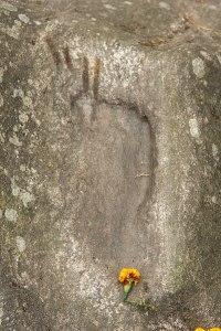 Footprint_of_Lhatsun_Namkha_Jigme-399px